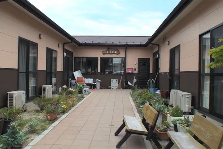 被災地からのリポートVOL.2 グループホーム型仮設住宅『なつぎ埜』再建